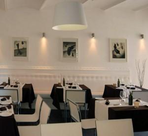 Composizioni astratte per un ristorante in Toscana